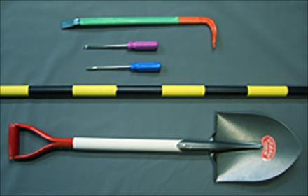 光る水性塗料,・工事用の用具類