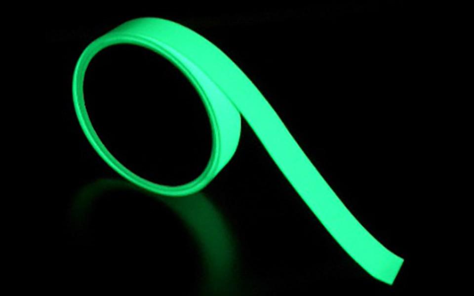 高輝度蓄光テープ ルミライン