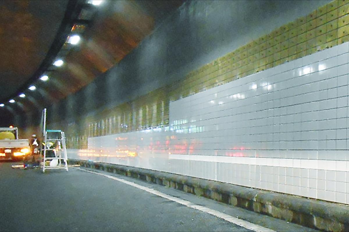 トンネル ライトライン